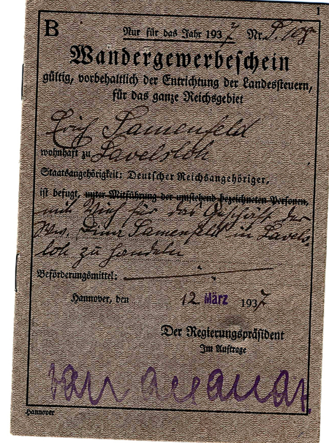 Front cover of the cattle dealers license.