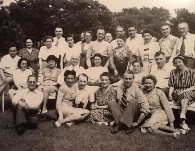 New Home Club Picnic / Pewaukee Lake / June 1946