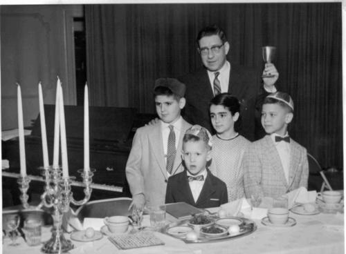 New Home Club Seder